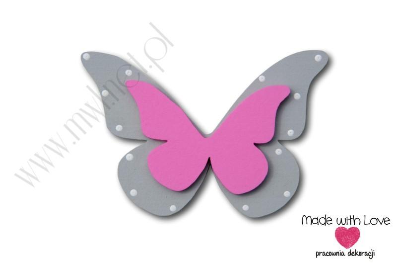 Motylek - wzór D10