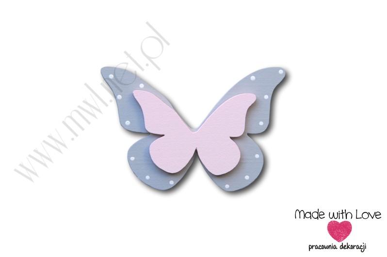Motylek - wzór D6