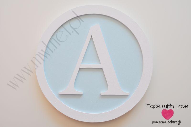 Monogram - duża litera w ramie