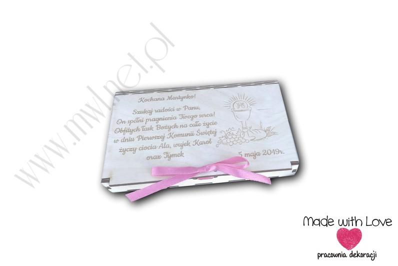 Pudełeczko-książeczka z życzeniami